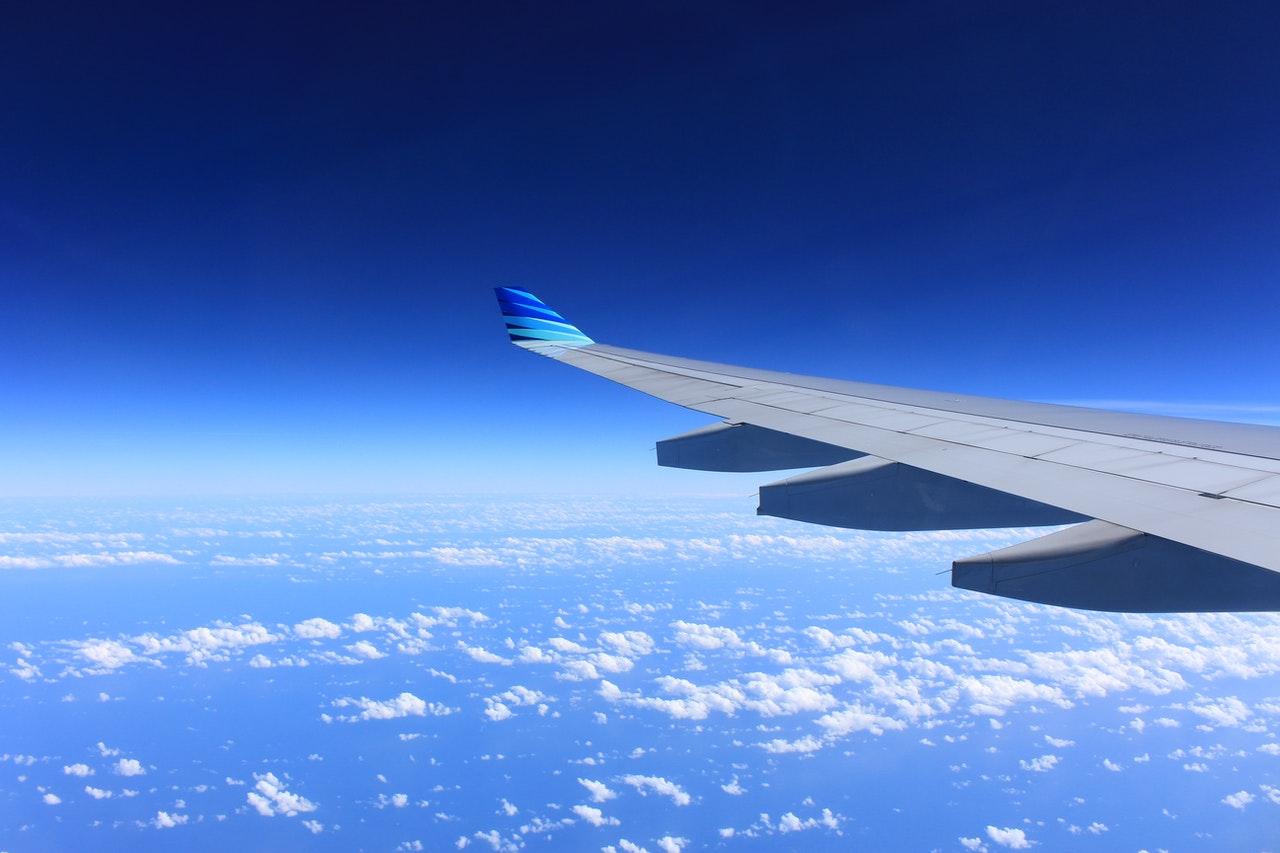 gray plane wing 62623