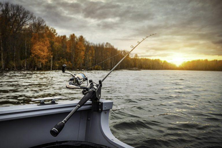 fishing boat 5541327 1280